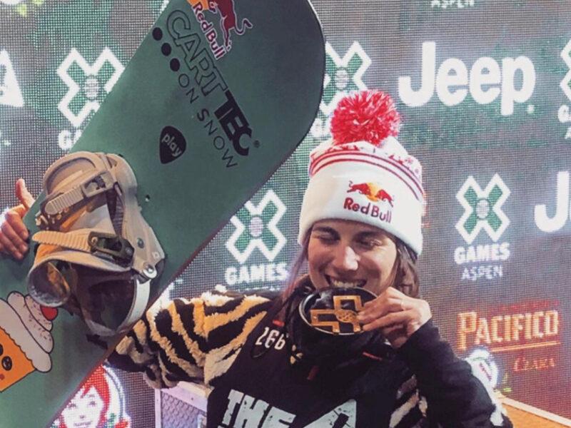 La snowboarder Queralt Castellet lleva la marca Carttec a lo más alto